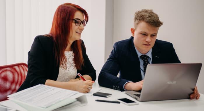 Jan Samarek a Tereza Valentova u PC