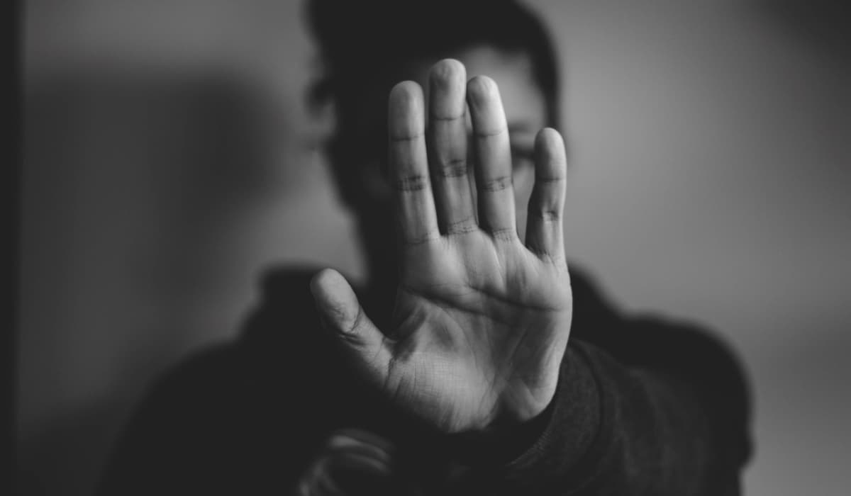 zakaz stop ruka